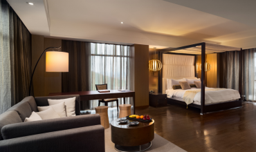 Grand View Suite 5F